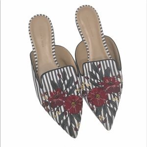 NWT Charles & Keith Embroidered Flowers Mules